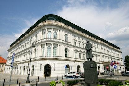 Hotel Europejski, Krakowskie Przedmieście 13